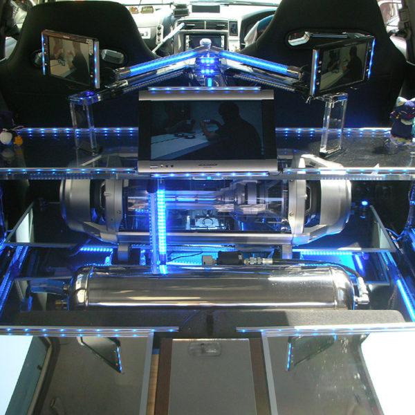 車内用オリジナルアクリル台