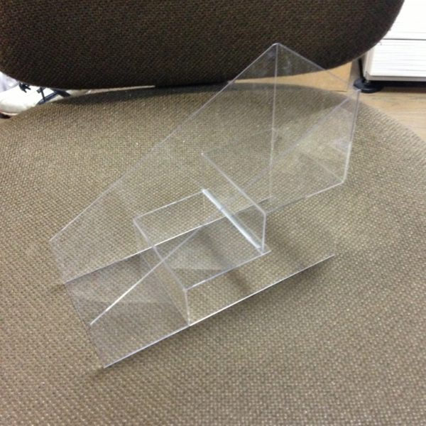 PET樹脂 雛壇什器