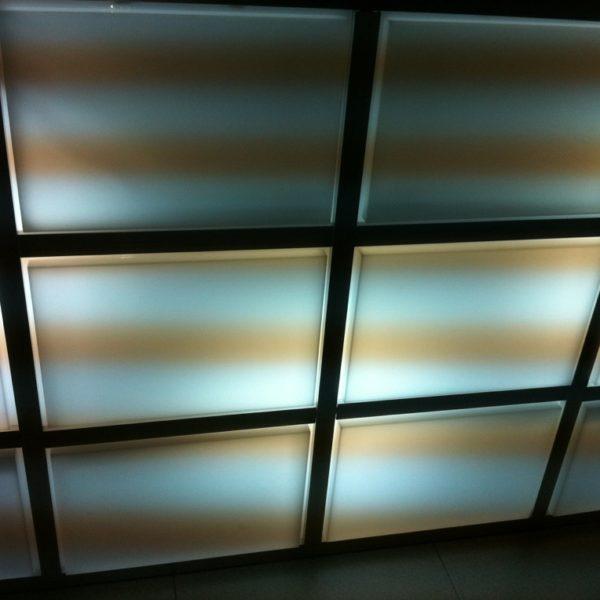 エレベーター天上照明アクリルカバー