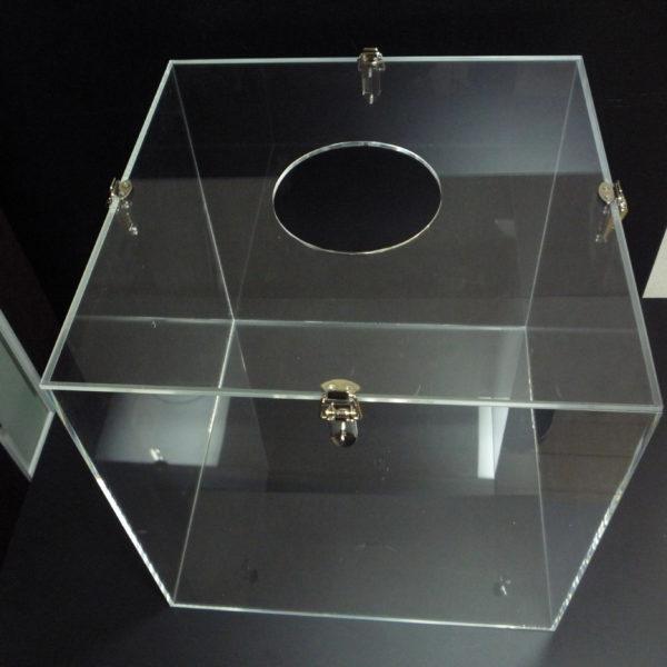 パッチン錠付 アクリルBOX